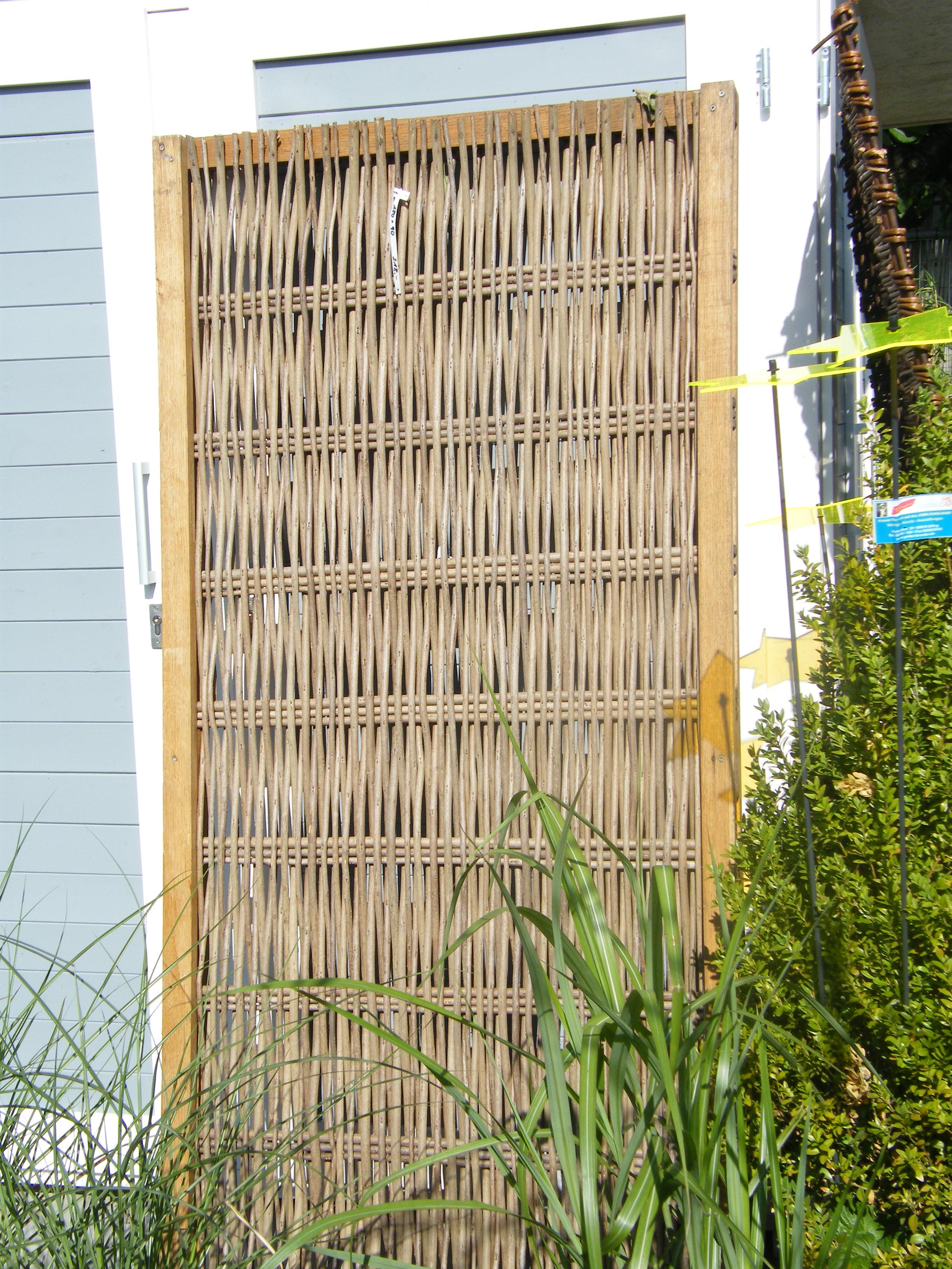 sichtschutz aus robinie mit rahmen h180 x b 120 cm. Black Bedroom Furniture Sets. Home Design Ideas