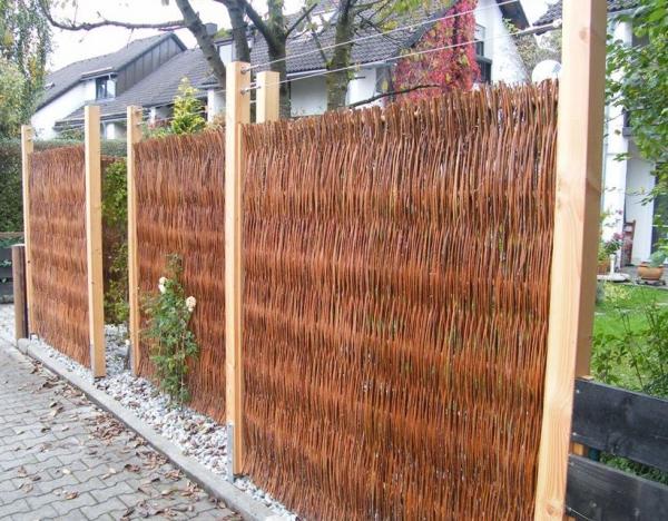 ... und Haselnuss » Sichtschutz aus Weide » Weide Utting  150 x 120 cm
